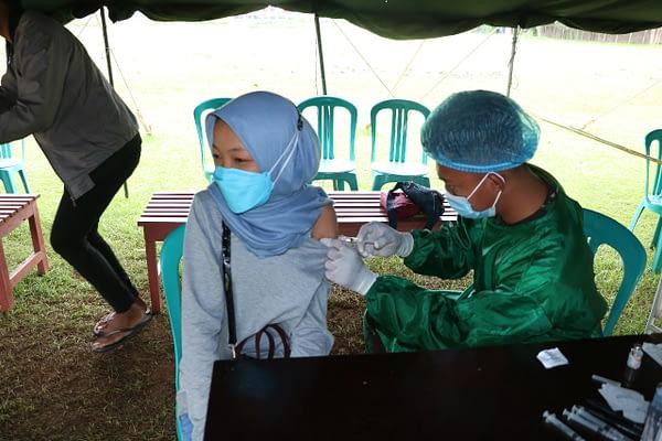 Menyambut Hari Bakti TNI AU ke 74 Lanud J. A.Dimara kembali gelar serbuan Vaksin