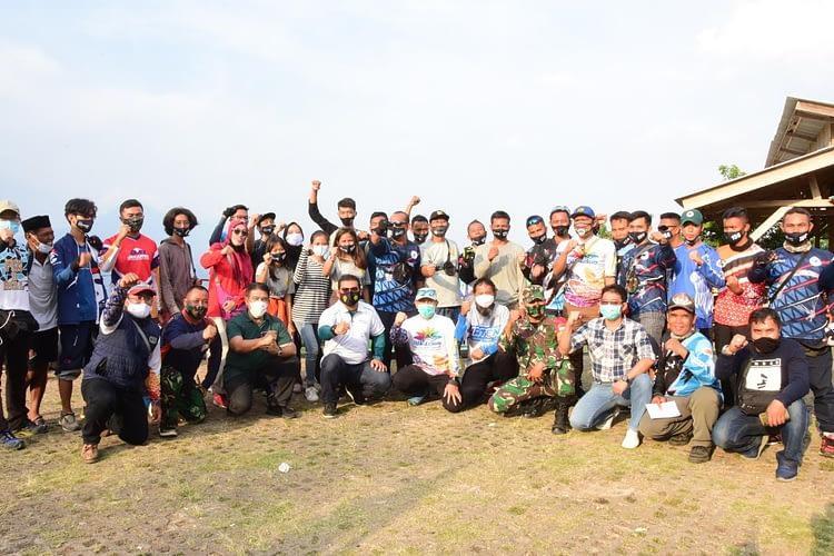 Kapuspotdirgaau Tutup Secara Resmi Kejuaraan Virtual Festival Paralayang 2020