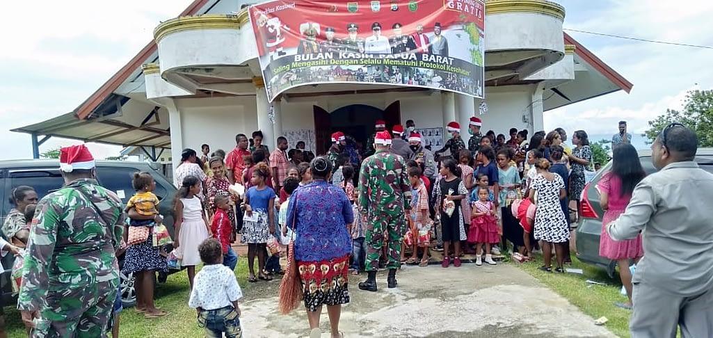 """""""Bulan Kasih"""" di Papua Barat Menjadikan Ancaman Separatisme di Dunia Maya Menemui Jalan Buntu"""