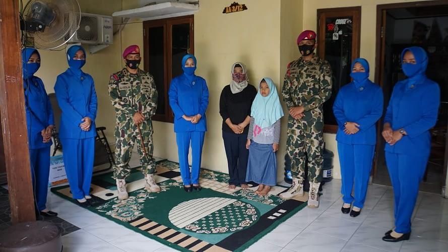 Danyontaifib 1 Marinir Dan Ketua Ranting A Cabang 1 Laksanakan Anjangsana Warakawuri