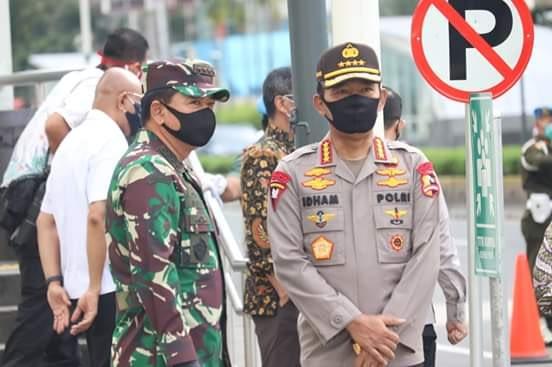 Panglima TNI : TNI dan Polri Dikerahkan Awasi 1.800 Titik Pendisiplinan Protokol Kesehatan
