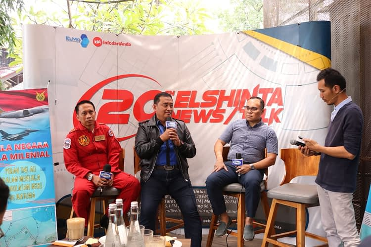 """Talkshow """"Bela Negara ala Milenial""""  Kadispenau: TNI AU Selalu Hadir Jaga Kedaulatan NKRI"""