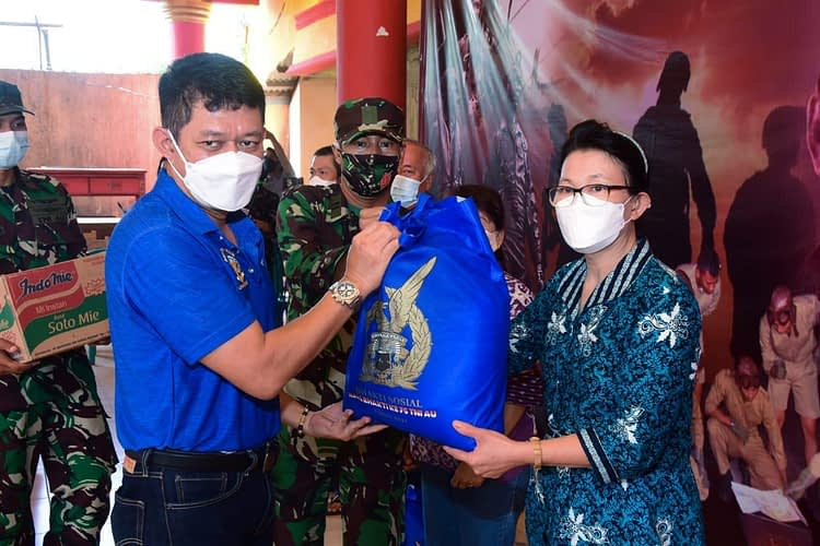 Jelang Peringatan Hari Bakti ke-74, TNI AU Gelar Baksos