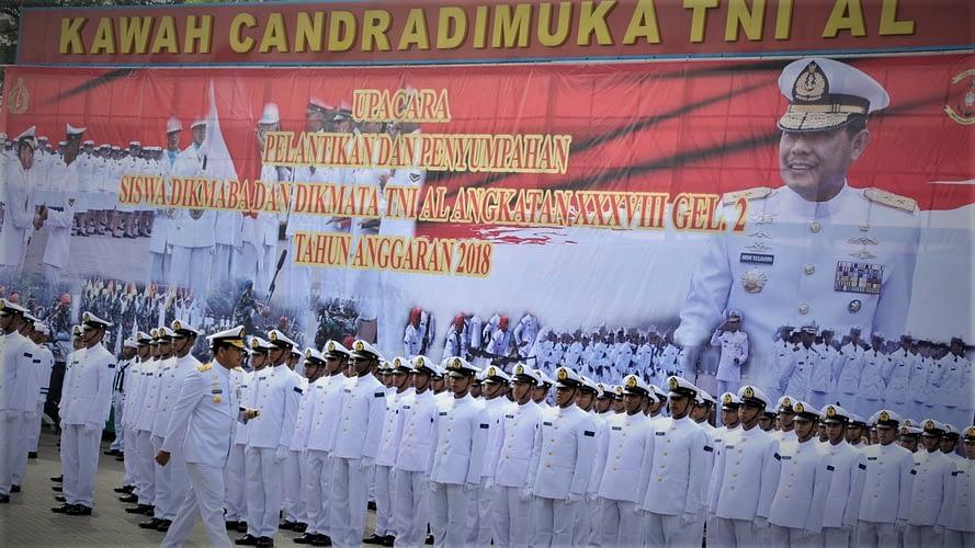 DANPASMAR 2 HADIRI PELANTIKAN SISWA DIKMABA DAN DIKMATA TNI AL ANGKATAN XXXVIII