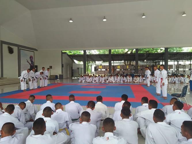 Wadan Pasmar 1 Resmikan Karate Dojo Sea Ghost Pasmar 1