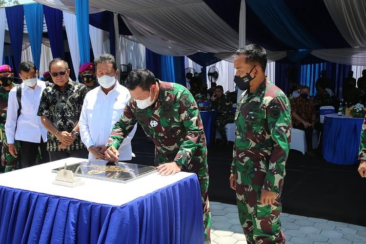 Kasal Resmikan Gedung Evert Julius Ven Kondou Dipuslatpurmar 7 Lampon