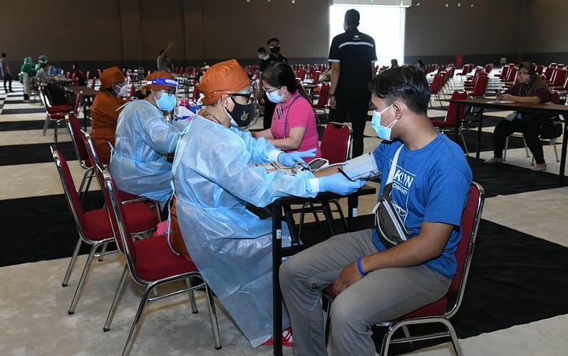 TNI AU Bersama Tim Gabungan TNI-Polri, Gelar Vaksinasi di Jakarta International Expo