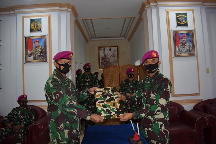 Danbrigif 1 Mar Pimpin Pengukuhan dan Penyerahan Jabatan Perwira Staf Brigif 1 Marinir