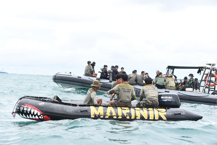 Marinir Terus Lanjutkan Pencarian Korban Dan CVR Pesawat Sriwijaya Air