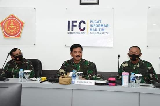 Panglima TNI Tinjau Pusinfomar TNI