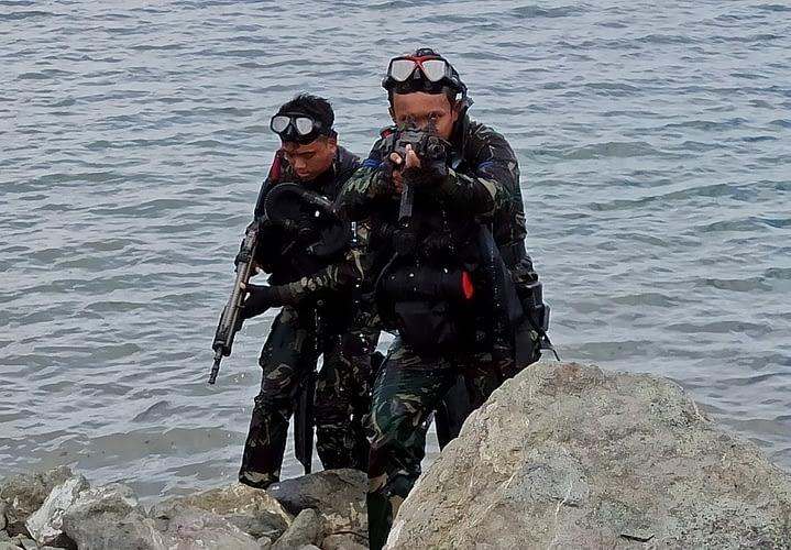 Mengasah Kemampuan Aspek Laut, Yontaifib 3 Marinir Laksanakan Latihan Renang dan Penyelamatan