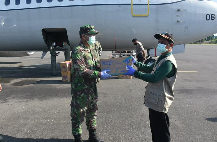 Boeing TNI AU Kembali Bawa Alkes Bantuan Untuk Papua Barat, Diterima Karumkit Kodam XVIII/Kasuari