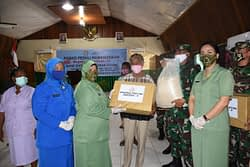 Dharma Pertiwi Daerah P Gelar Rapid Test Gratis untuk Masyarakat dan Serahkan Bantuan 'APE' ke Yayasan TK Kodim 1801/Manokwari
