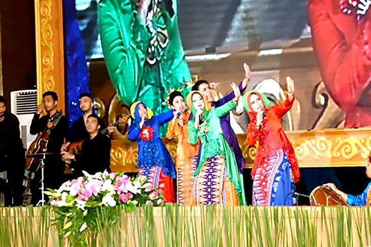 Jalasenastri PG Kormar Sapu Bersih Juara Lomba Tari Kreasi dan Vocal Group