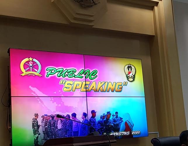 "Dispenad selenggarakan Pendidikan  ""Public Speaking"" bagi para Kapendam dan Kapen Humas Jajaran TNI AD"